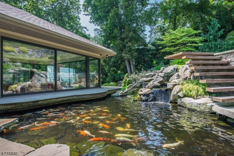 Twilight In Koi Pond >> Montclair Wow House Zen Like Vibe Koi Pond With Waterfalls Patch