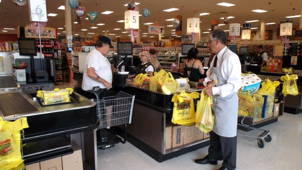 Mayor Maturo Spends Morning Bagging Groceries To Celebrate