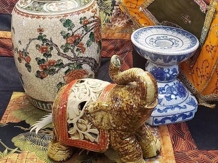 Assistance League Way Side Inn Thrift Shops Asian Handicrafts