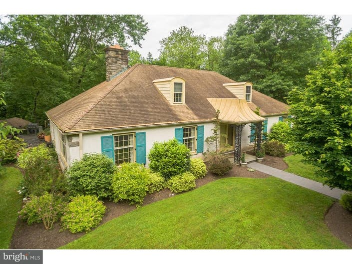 1m Ambler Mansion Has Outdoor Shower Vegetable Garden