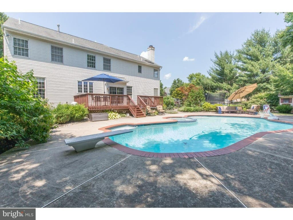 Resort Like Pool Area At Home In Spring Ford School District