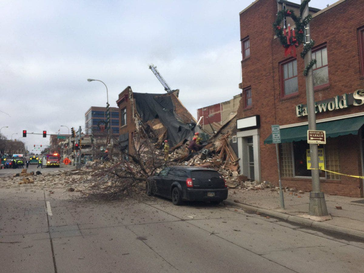 Sioux Falls Sd Building Collapses Woman Rescued Man