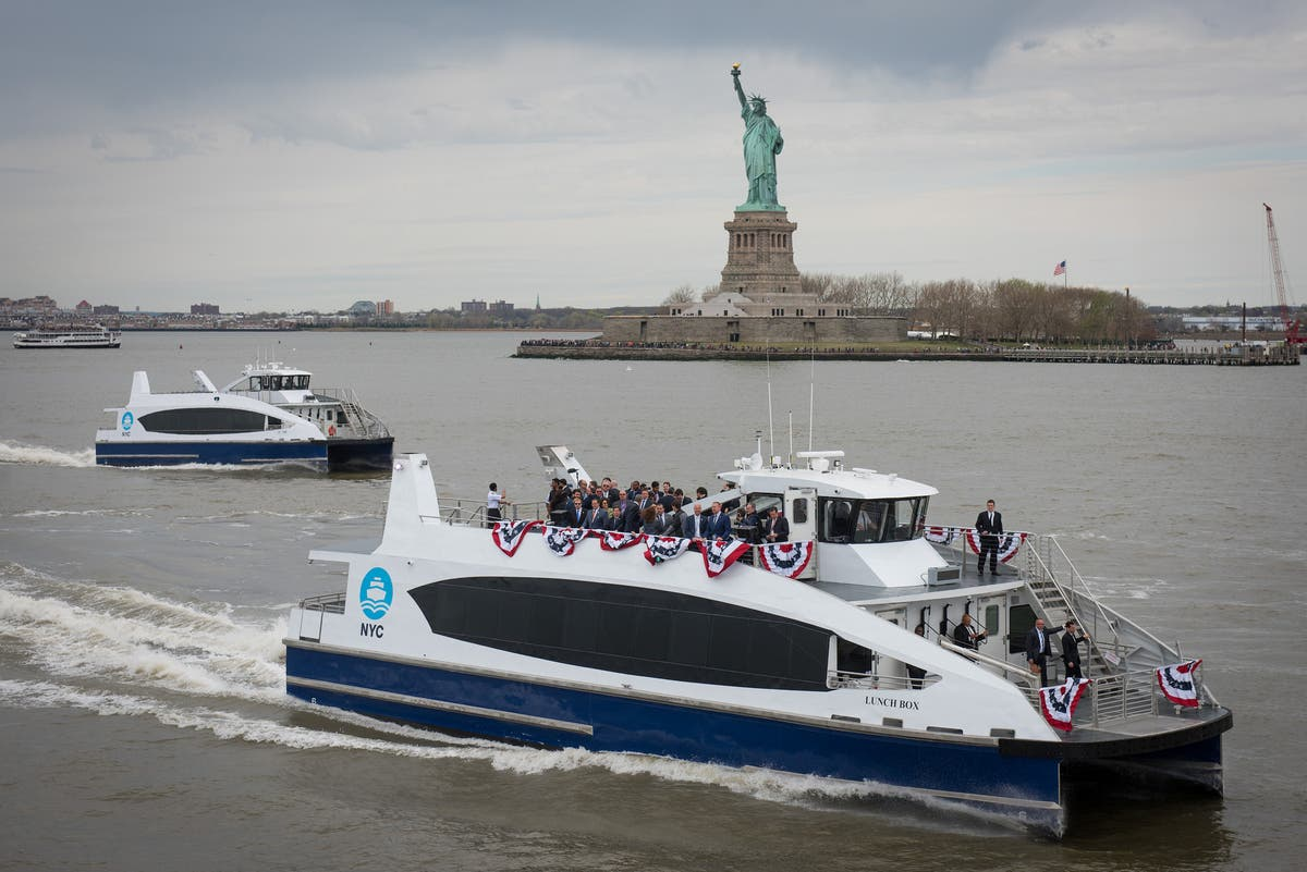 Map Of New York Waterways.Nyc S Huge New Ferry Network Route Maps Schedules Fares Opening