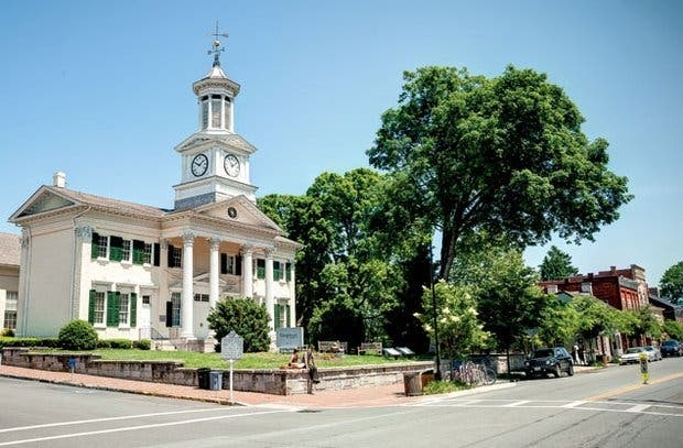 Shepherdstown, West Virginia, Is So 'Haunted' That The Cops Called