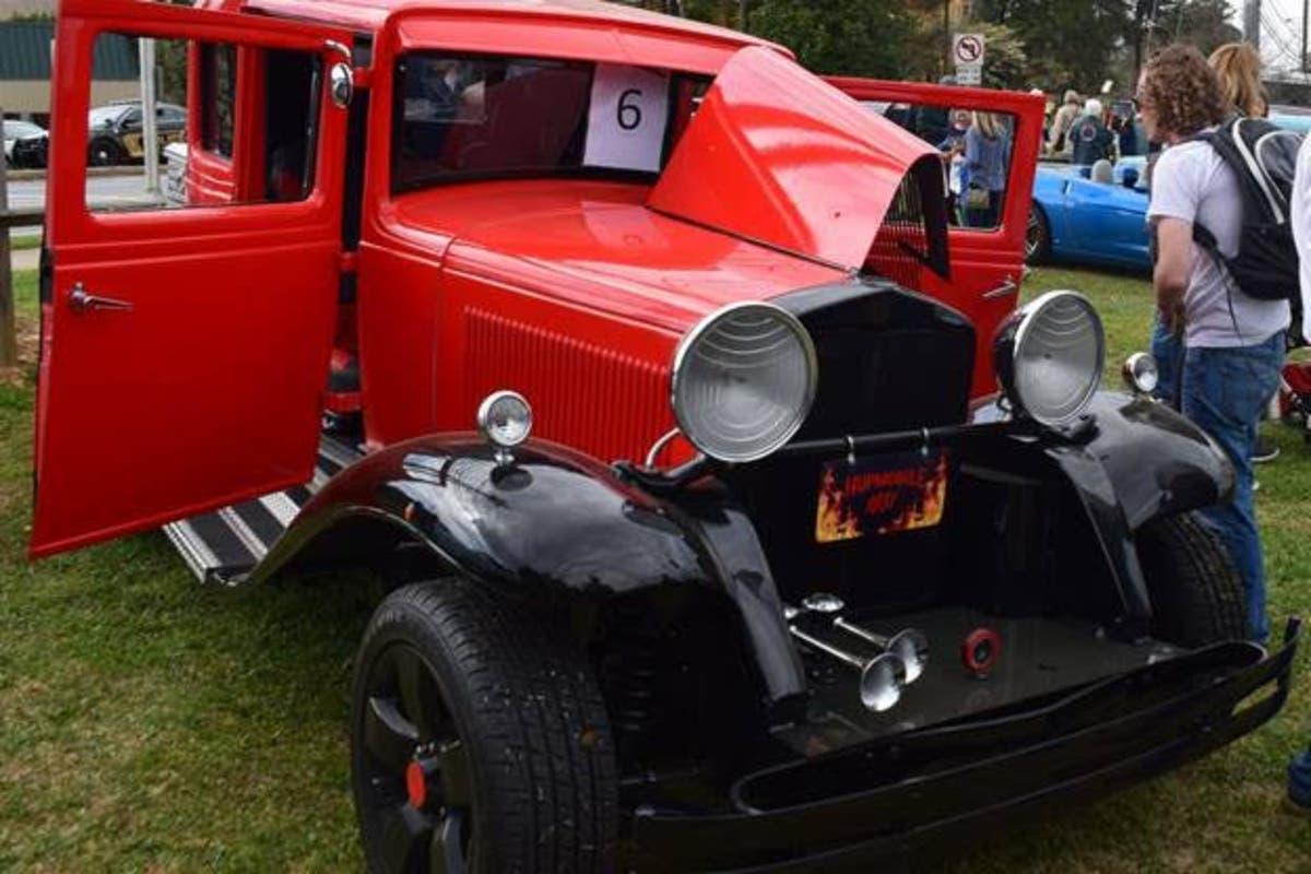 Classic Car Show Returns To Brookhaven Cherry Blossom