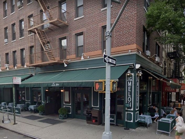 Upper West Side JG Melon To Close, Report Says