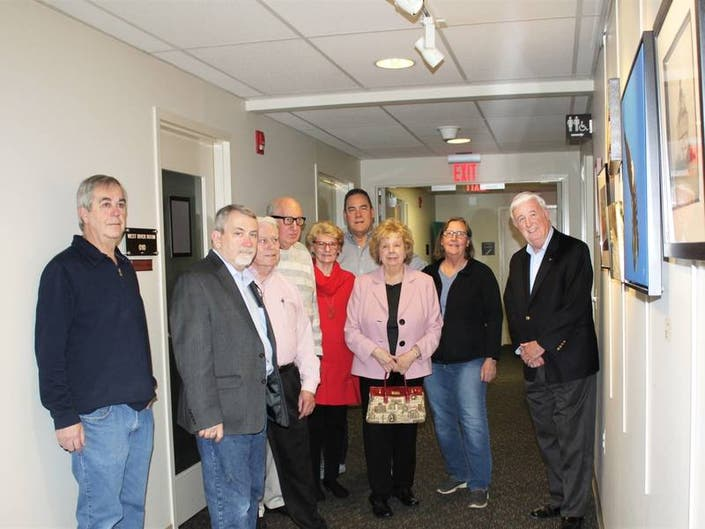 Club celebrates work of 15 of its members with artists reception