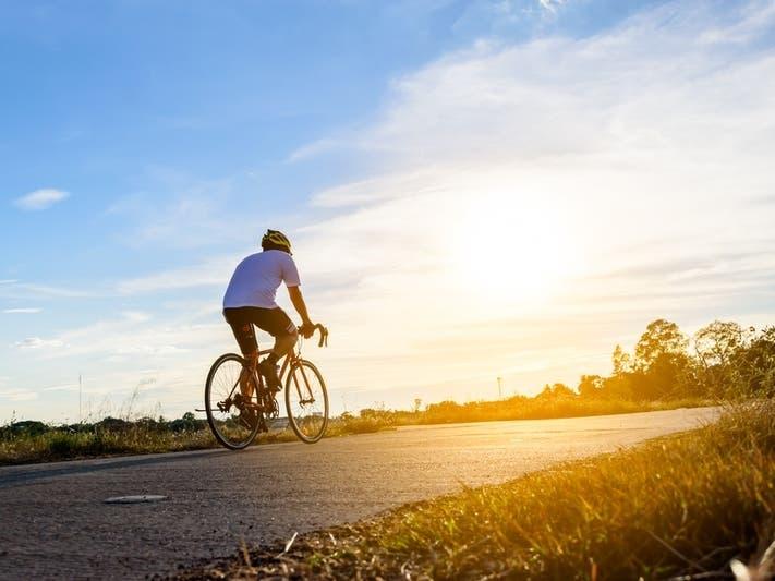 bike equitation next to 50