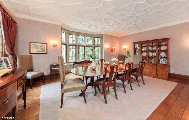WOW! House: English Manor Tudor Estate In Summit | Patch