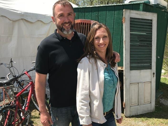 Hillsborough Couple Competes On Flea Market Flip