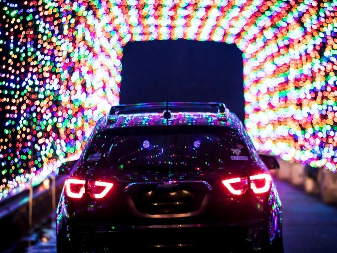 6 Holiday Light Shows To See In NJ That Are COVID Friendly