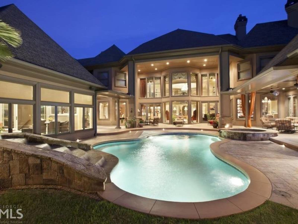 Ga Wow Houses Indoor Pool Outdoor Lounge 22 000 Square Feet
