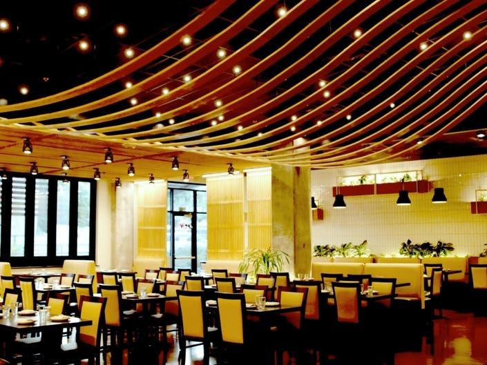 Restaurant Bar 1618 Asian Fusion Opens In South Austin