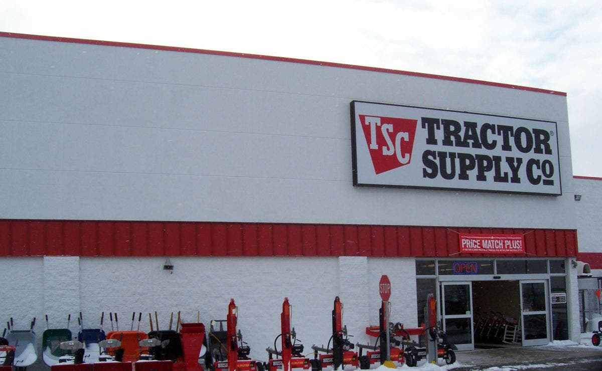 Tractor Supply Company Announces Target Opening Date for Rte  25