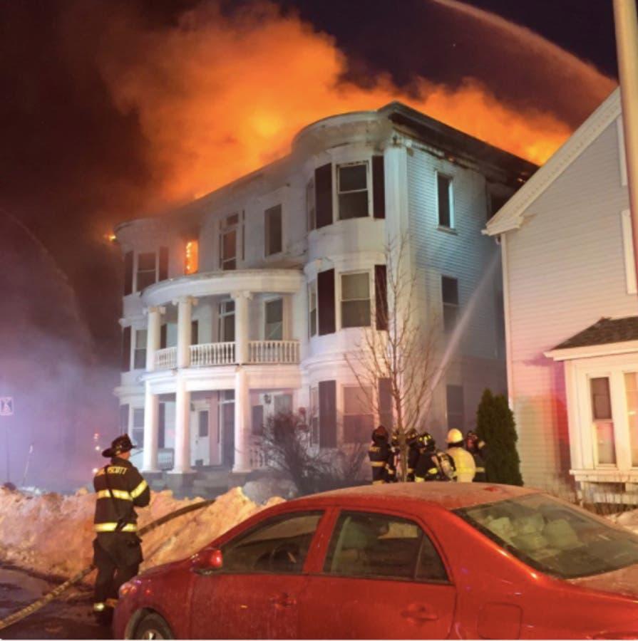 Melrose Ma Apartments: Lynn Fire Strikes 4 Alarms