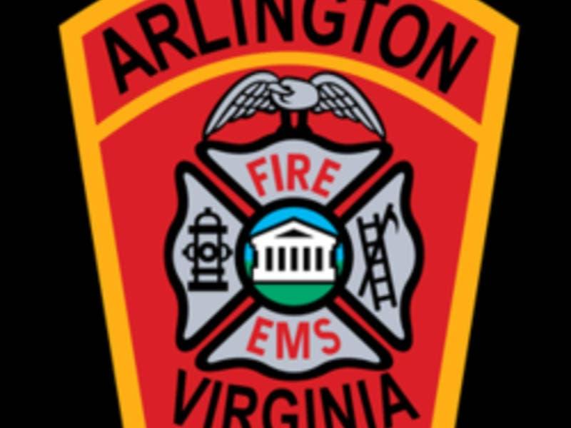Car Crashes Into Arlington Creek (Video)