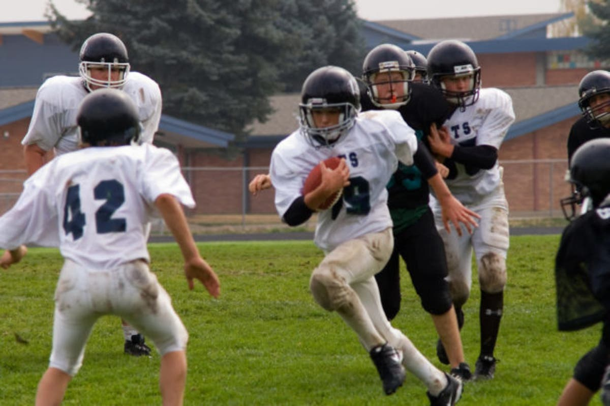 Study Of Retirees Links Youth Football >> Youth Football New Study Warns Of Health Risks Down The Road