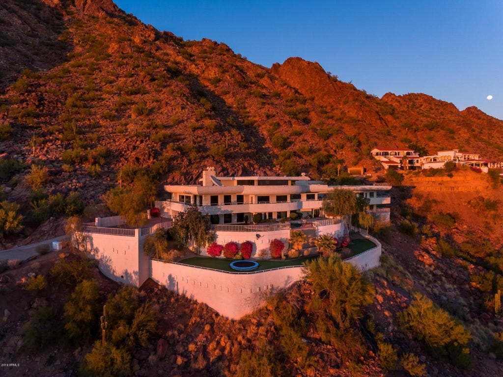 ... Phoenix Real Estate: Check Out This Camelback Mountain Mansion 0 ...