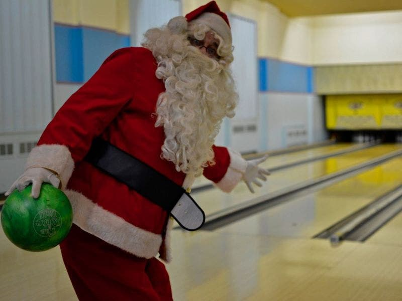 Go Bowling with Santa at Mahall's | Lakewood, OH Patch