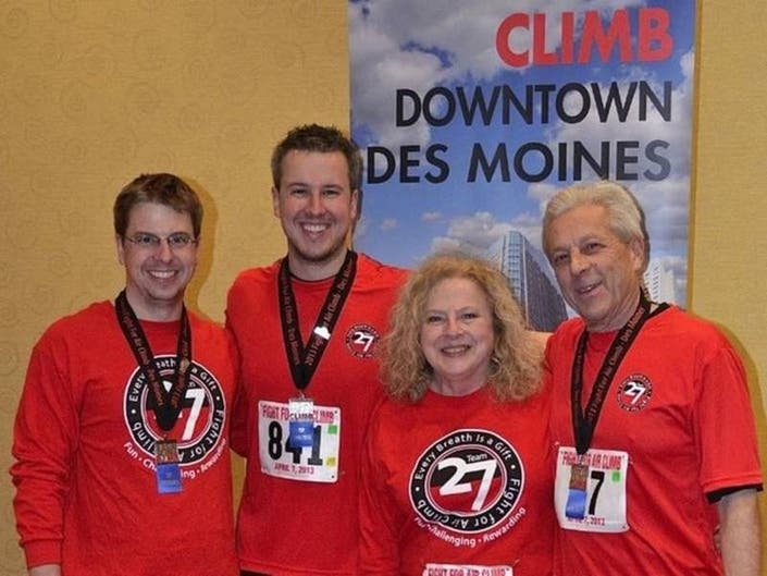 Man Climbs 85 Flrs. To Celebrate Lung Transplant; More Local News
