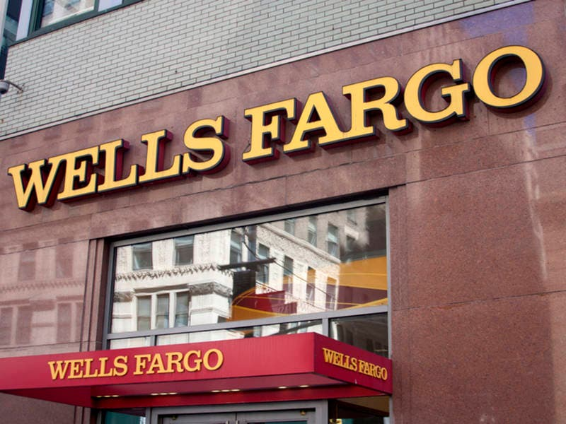 Protesters Demand Wells Fargo Divest Of Fossil Fuel Companies