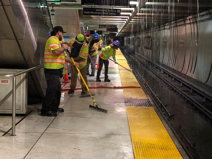 Water Woes Snarl BART Commute At Embarcadero Station
