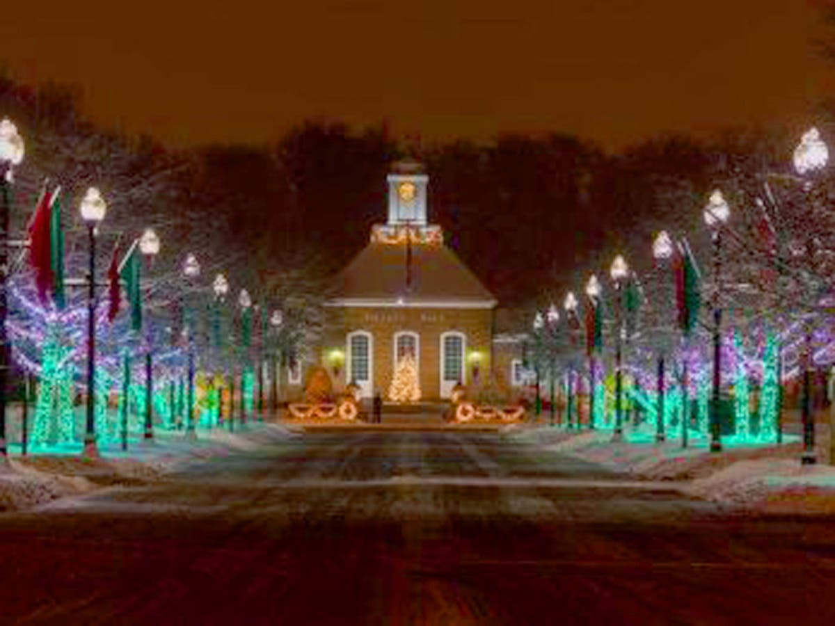 Christmas Lights Milwaukee.Greendale Tree Lighting Ceremony Coming Up Greendale Wi Patch