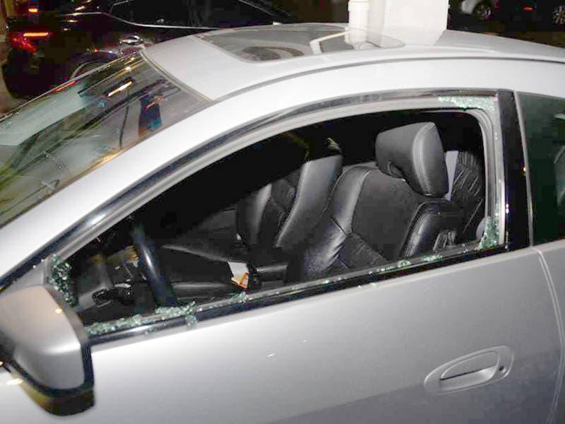 car break in spree at oak creek apartment complex report oak