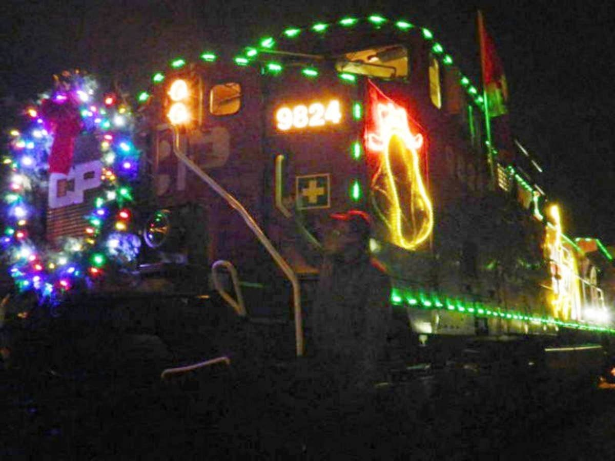 Wauwatosa Christmas Train 2020 2018 Canadian Pacific Holiday Train Stopping In Wauwatosa