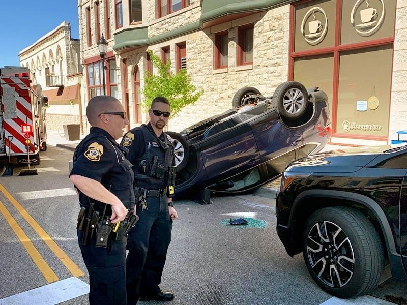 16-Year-Old Driver Safe After Downtown Rollover Accident: Report