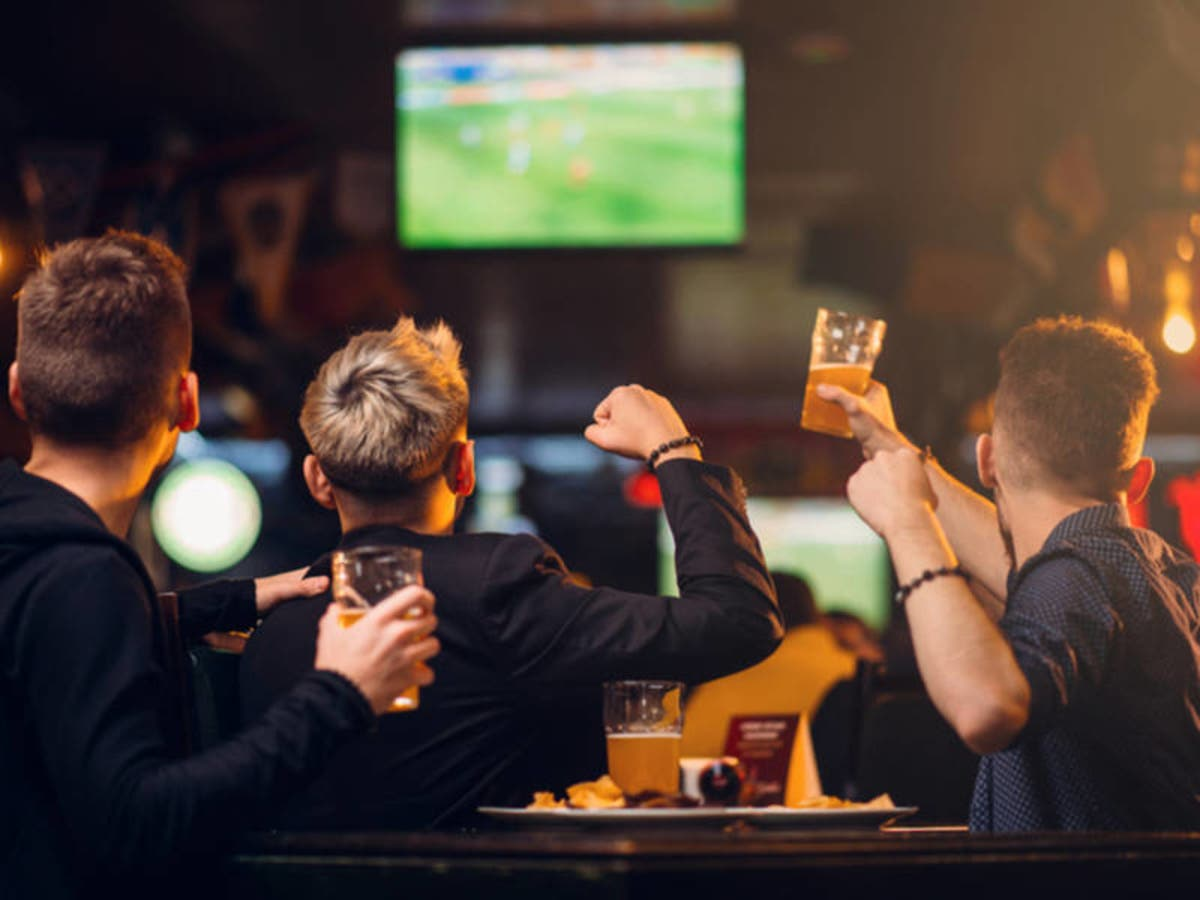 Round Table Aliso Viejo.Watch The World Cup Games Live Near Aliso Viejo Aliso Viejo Ca Patch