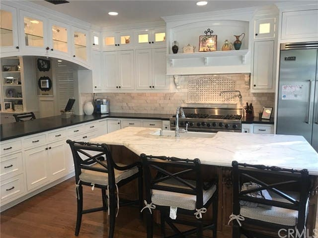 Mission Viejo Cape Cod Style Home Has Ultimate Chefu0027s ...