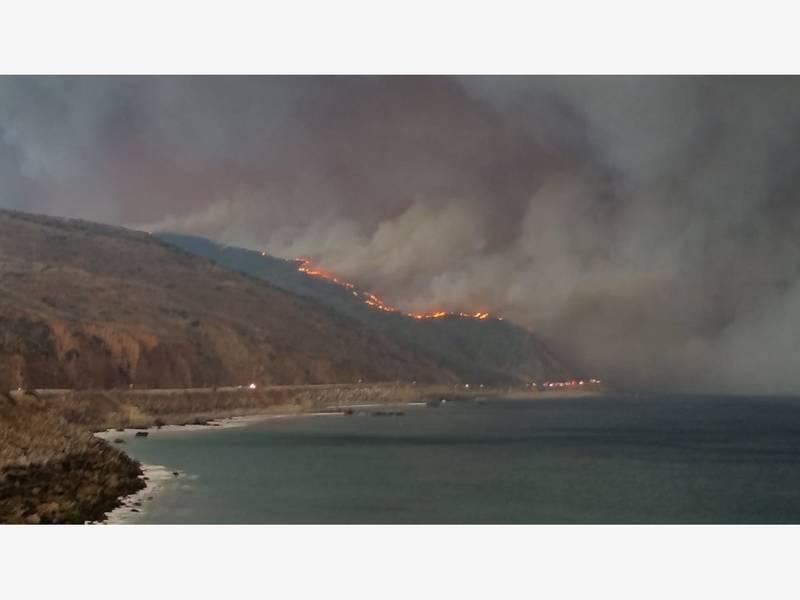 Hill Fire California Map.Hill Fire 17k Evacuate Thousand Oaks Ventura Camarillo Map