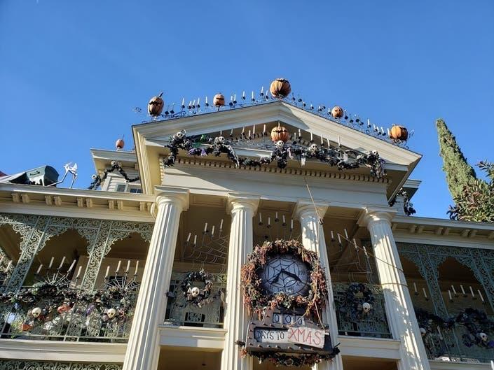 Disneyland Haunted Mansion Transforms To Stuff Of Nightmares