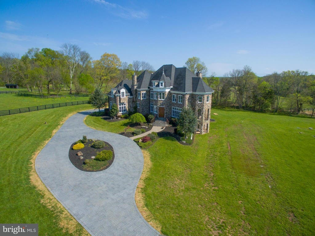 Aldie Wow House 1 95m For Custom French Chateau