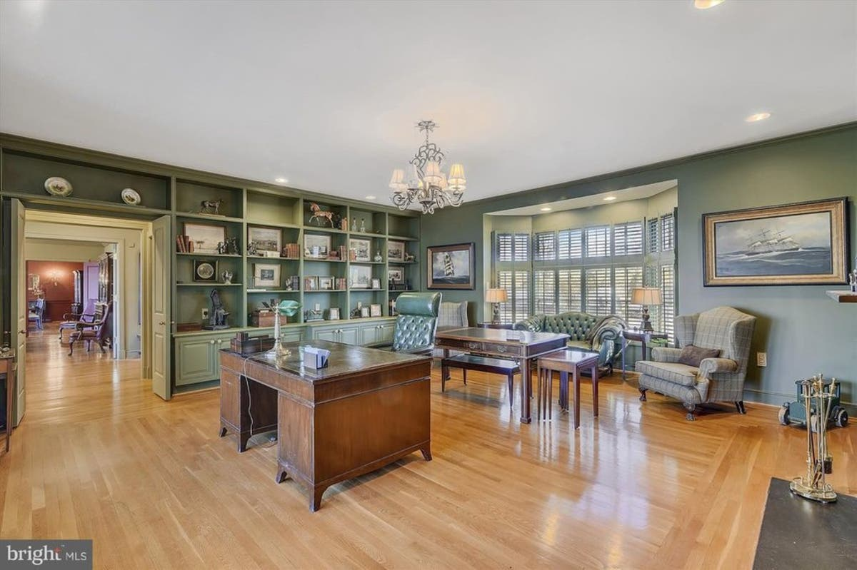 THE CEDARS HOUSE ARLINGTON VA - Listings Search Results from