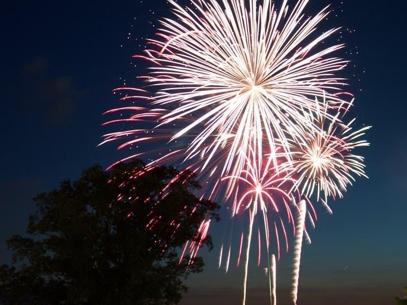 Fredericksburg 4th Of July Fireworks Parade, Times: 2019