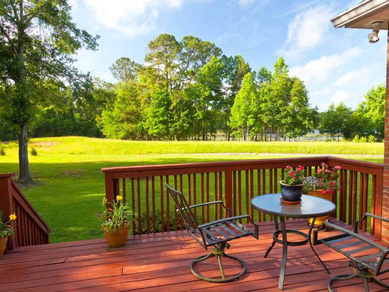 Hereu0027s How Much It Really Costs To Build A Deck Or Porch ...