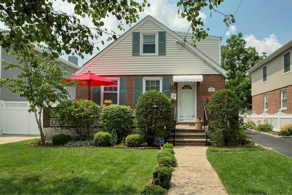 Garden City Homes That Have Been Priced To Sell   Garden City, NY Patch