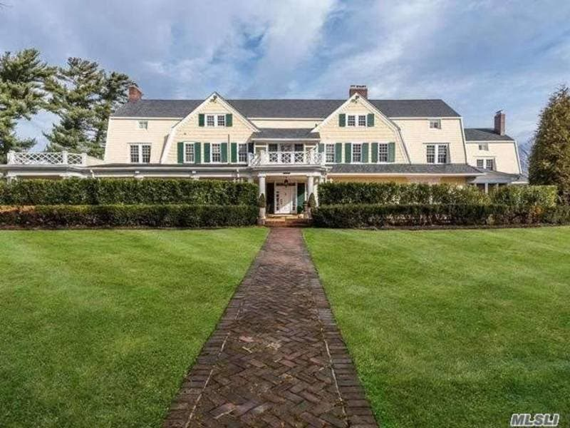 Wow House: South Shore Mansion Sits On A Full Acre