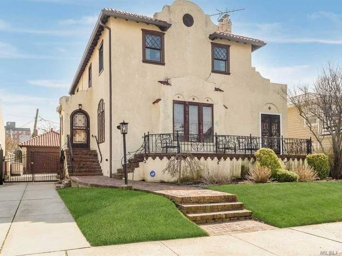 Wow House: Huge Home Features Rustic, Old-World Charm