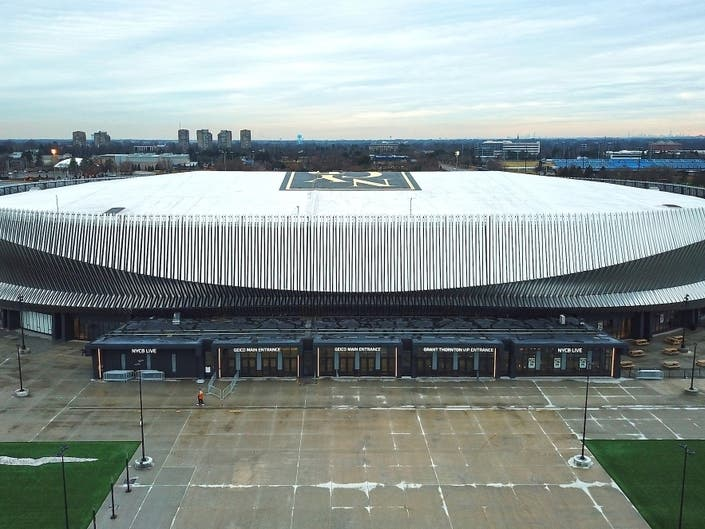 Curran To NHL: Let The Isles Play At Nassau Coliseum