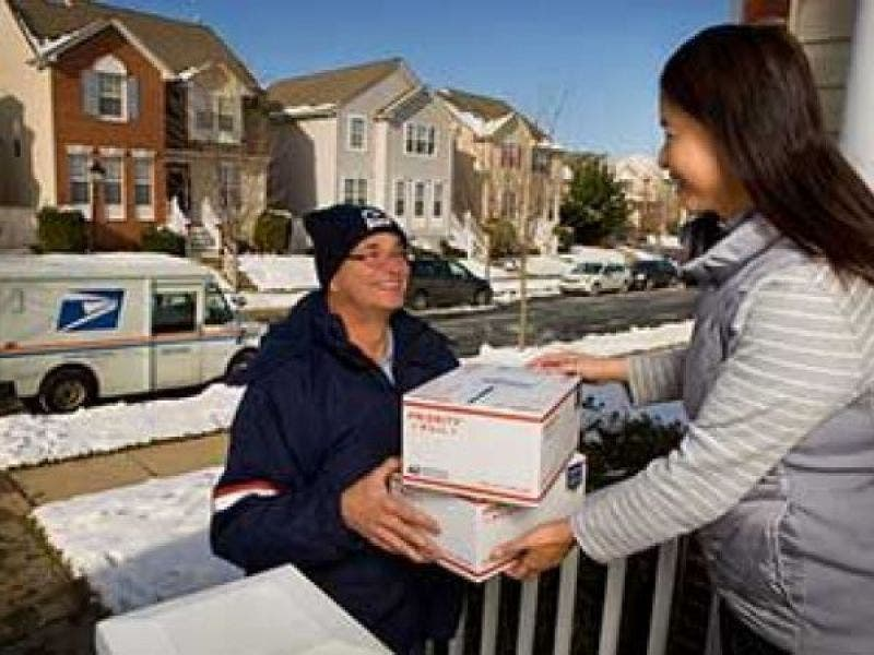 It's Time to Ship Christmas Gifts and Cards Now to Ensure