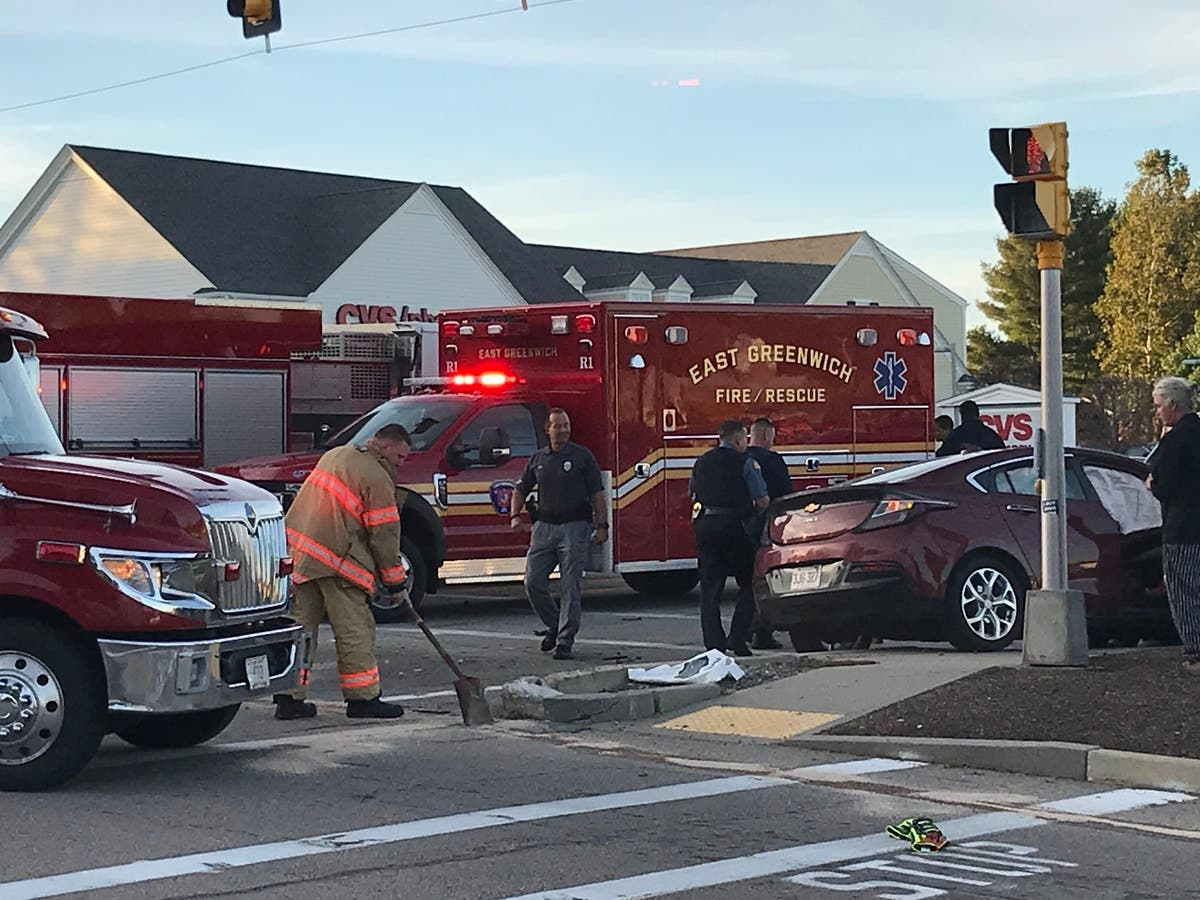 Photos: Crash Friday Afternoon On Route 2 | East Greenwich