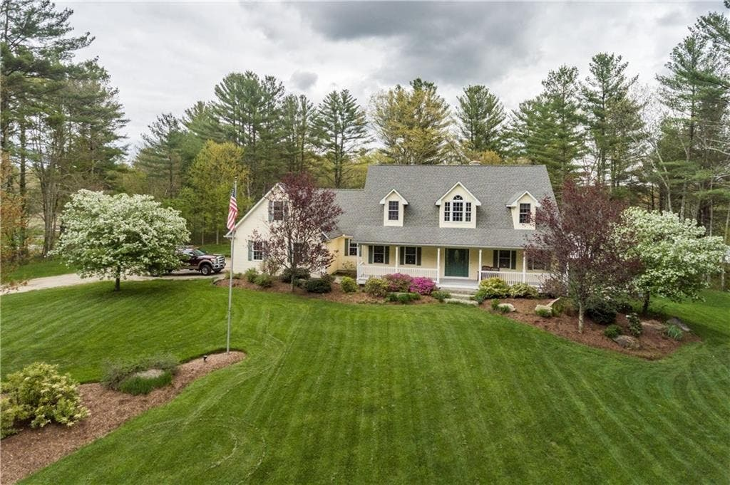 Wow House Open Floor Plans Floor To Ceiling Stone Fireplace Coventry Ri Patch