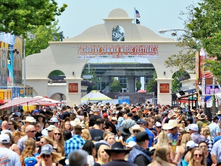 Country Summer Three-Day Early Bird Passes Go On Sale Nov. 23