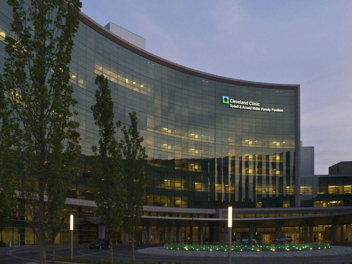 Cleveland Clinic Doctor Denied Entry to US, Ohio Senators Speak Out