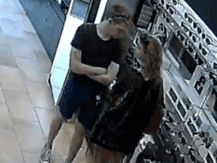 8fac35cc0ed95 ... Shoplifters Steal  500 Sunglasses From Westlake Store-0 ...