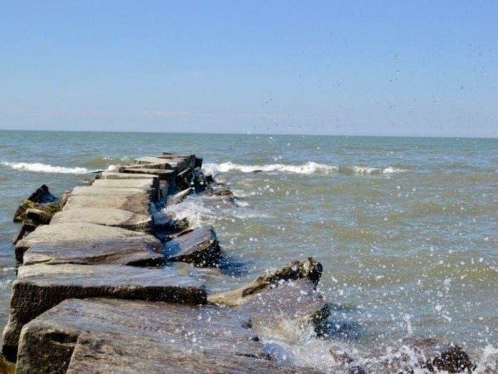 Avoid Lake Erie's Waters, Beach Hazards Statement Issued
