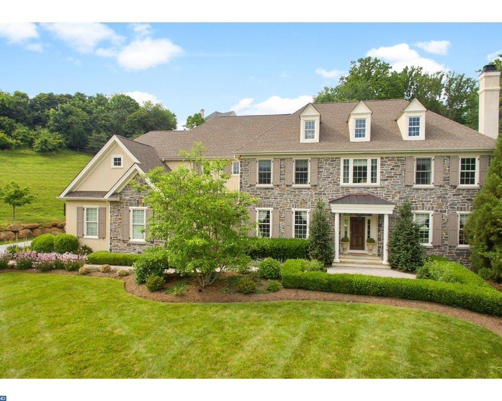 Super Media Wow House Enjoy 2 63 Acres Right On Springton Beutiful Home Inspiration Ponolprimenicaraguapropertycom